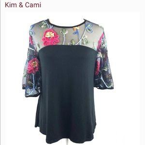 Kim & Cami mesh top sz. M